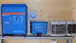 Αυτονομο Φωτοβολταϊκό σύστημα έως 14kWh ημερησίως (από τα ισχυρότερα αυτόνομα πακέτα με πλυντήριο | Victron Multiplus 3kw)
